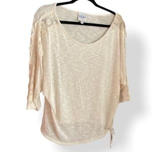 FWP of 40$ Cream top with lace on arms
